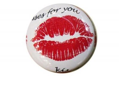 Pillendose Kisses